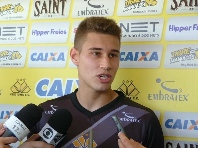 8bb7e47f64 Fernando Ribeiro   Criciúma EC